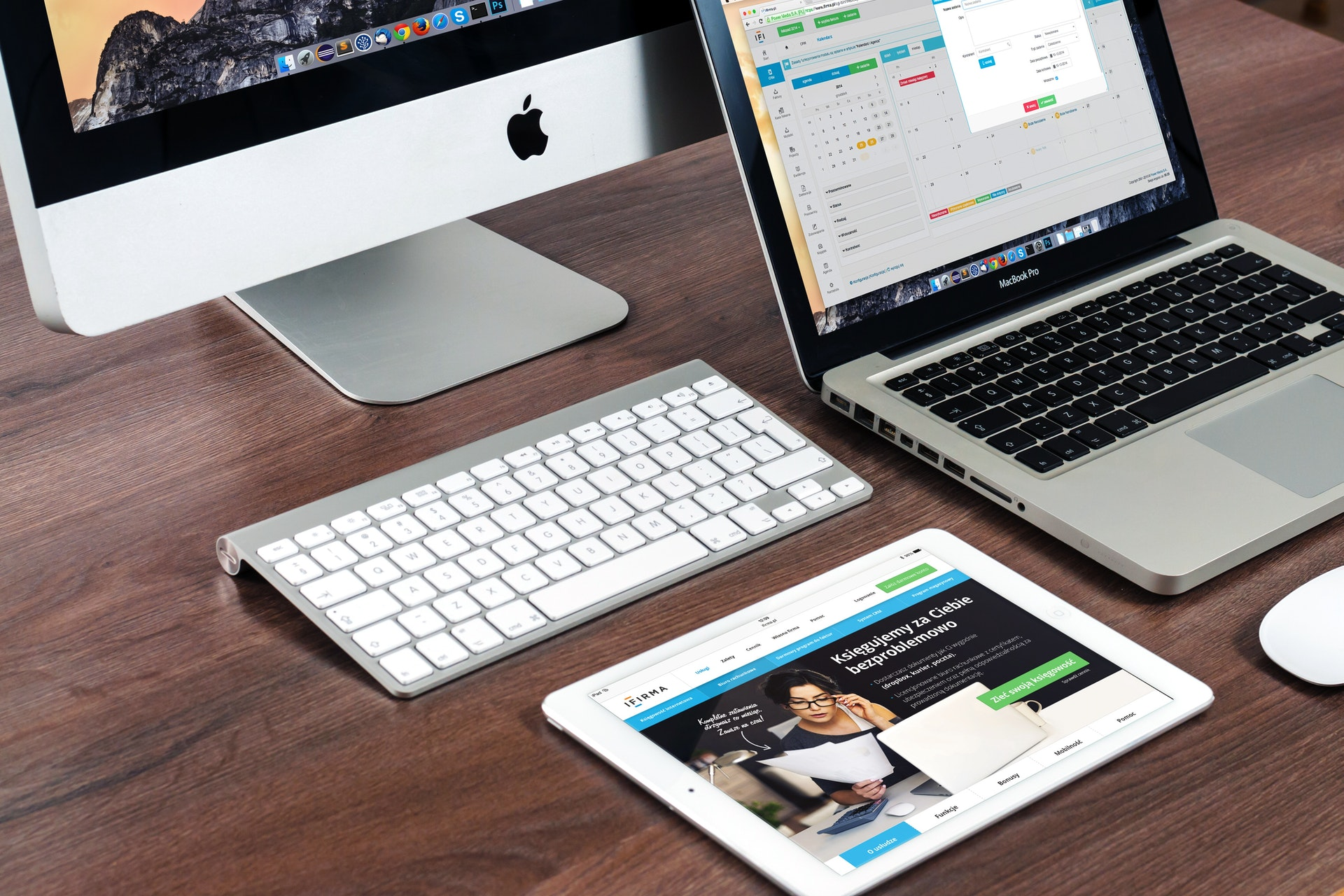 The prominence of websites and applications in the Gen-Z business model
